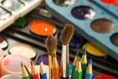 Immagine delle pitture e del primo piano colorato delle matite Fotografia Stock Libera da Diritti