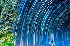 immagine delle tracce lunghe della stella di esposizione Immagini Stock Libere da Diritti