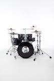 Immagine dello studio dei tamburi su priorità bassa bianca Fotografie Stock