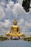 Immagine di Bigest Buddha fotografie stock