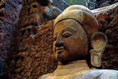 immagine di Buddha del primo piano, tempio di Koe-Thaung, Mrauk U, stato di Rakhine, Myanmar immagini stock