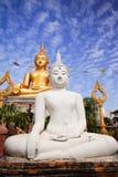 Immagine di Buddha di bianco e dell'oro Immagini Stock Libere da Diritti