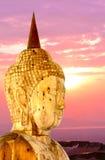 Immagine di Buddha su un fondo della nuvola come carta da parati Fotografia Stock