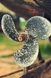 immagine di fine quattro dell'ottone del crogiolo di lamierina l'alta ha fatto la risoluzione s dell'elica aumentata vertiginosam Fotografia Stock Libera da Diritti