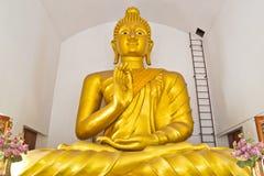 Immagine di grande Buddha nella chiesa immagini stock