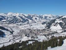 Immagine di inverno di Gstaad Fotografia Stock Libera da Diritti