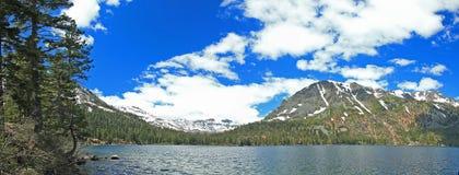 Immagine di panorama di Lake Tahoe in California Immagini Stock