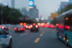 immagine di sfuocatura di ingorgo stradale prima della notte fotografia stock libera da diritti