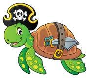 Immagine 1 di tema della tartaruga del pirata royalty illustrazione gratis
