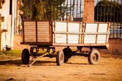 Immagine di vecchio e vagone utilizzato che sta nell'la hacienda Fotografie Stock Libere da Diritti
