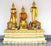 Immagine dorata della statua di Buddha Immagine Stock