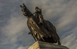 Immagine drammatica di Robert il Bruce a cavallo fotografia stock