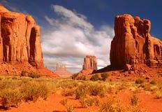 Immagine incorniciata di paesaggio della valle del monumento Immagini Stock