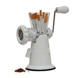 Immagine non fumatori con le sigarette in una tritacarne Fotografie Stock