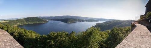 Immagine panoramica di alta risoluzione della Germania del lago Edersee Fotografia Stock