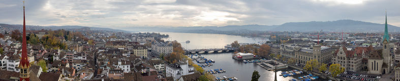Immagine panoramica di Zurigo e del lago Zurigo (Svizzera) Immagini Stock