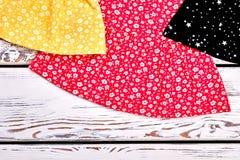 Immagine potata dei vestiti dalla neonata Immagine Stock