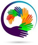 Immagine rotonda di vettore delle mani variopinte illustrazione vettoriale