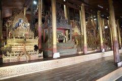 Immagini di Buddha al monastero Myanmar di Nga Phe Chaung Fotografie Stock