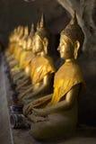 Immagini di Buddha in caverna di Khao Luang Fotografia Stock