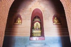 Immagini di Buddha in pagoda. Immagini Stock Libere da Diritti