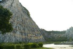 Immagini di Buddha sulla roccia thailand Immagine Stock Libera da Diritti