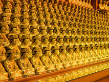 Immagini di Buddha in una fila Immagini Stock Libere da Diritti