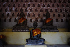 Immagini di Buddha a Wat Sraket immagini stock