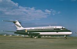 Immergrünes internationales Douglas DC-9-15 in der Lagerung an Goodyear-Flughafen, Arizona lizenzfreies stockfoto