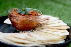 Immersion rouge avec la tortilla Photos libres de droits