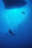 Immersione con bombole nel mare Fotografie Stock Libere da Diritti