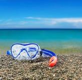 Immersione subacquea di presa d'aria e della maschera Fotografie Stock