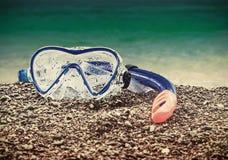 Immersione subacquea di presa d'aria e della maschera Fotografie Stock Libere da Diritti