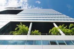 Immeuble de bureaux écologique Image stock