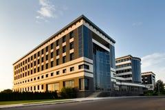 Immeuble de bureaux Images stock