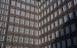 Immeuble de bureaux de brique rouge Photographie stock
