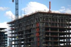 Immeuble de bureaux en construction Images libres de droits