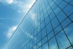 Immeuble de bureaux en verre Photographie stock