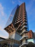 Immeuble de bureaux futuriste Photographie stock