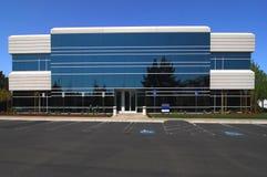 Immeuble de bureaux générique Photos stock