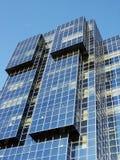 Immeuble de bureaux moderne photos stock