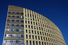 Immeuble de bureaux moderne en Hollandes Images libres de droits