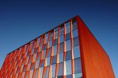 Immeuble de bureaux orange Images stock