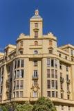 Immeuble jaune à la place de Tétouan à Valence Photos stock