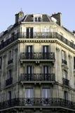 Immeuble parisien Photos libres de droits