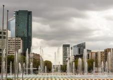 Immeubles de bureaux à Paris Photos stock