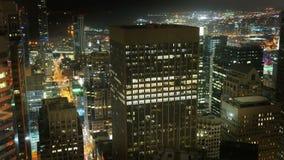 Immeubles de bureaux d'horizon de ville la nuit - San Francisco California 4K clips vidéos