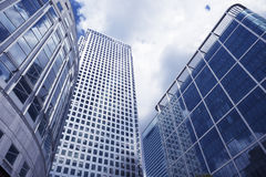 Immeubles de bureaux dans le district financier images stock