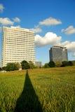 Immeubles et ombre de bureaux Image libre de droits