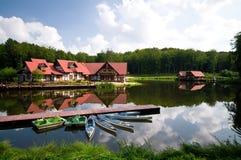 Immeubles sur l'eau photo libre de droits